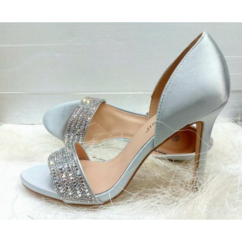 bbd377ed26 sandali donna eleganti tacco medio alto chiusi dietro con strass colore  argento